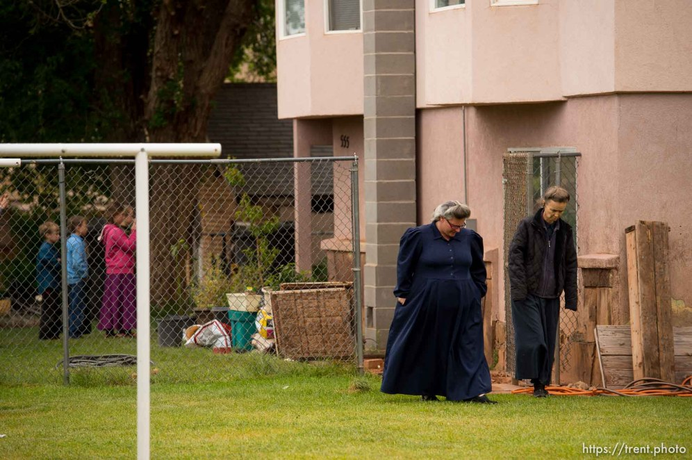 Trent Nelson   The Salt Lake Tribune UEP eviction of property at 555 N Lauritzen Ave, Colorado City, AZ, Wednesday May 10, 2017. Two FLDS women who lived at the property, Shannon Darger and Liz.
