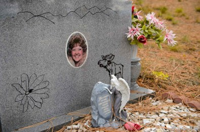 (Trent Nelson | The Salt Lake Tribune) Sharon Lee Weidow, Cemetery, Pinesdale, Saturday September 30, 2017.