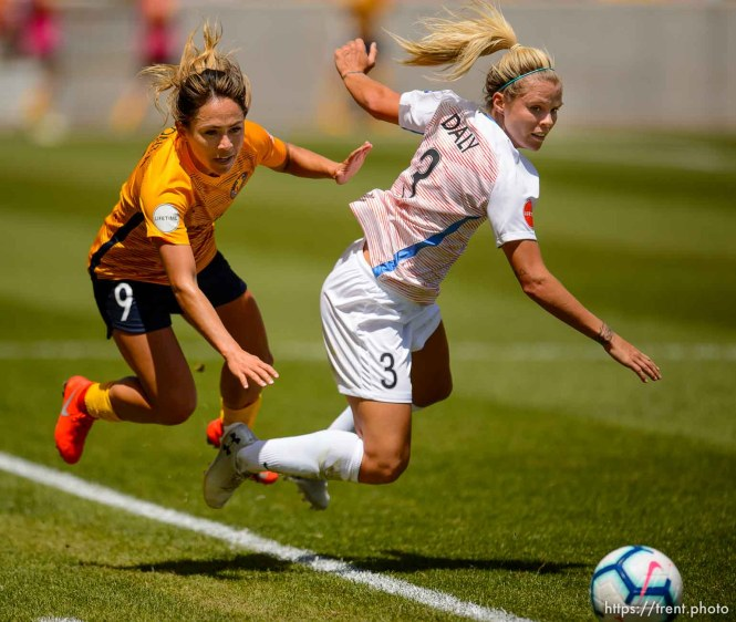 (Trent Nelson | The Salt Lake Tribune) Utah Royals FC midfielder Lo'eau LaBonta (9) and Houston Dash defender Rachel Daly (3) as Utah Royals FC hosts the Houston Dash at Rio Tinto Stadium in Sandy on Saturday May 11, 2019.