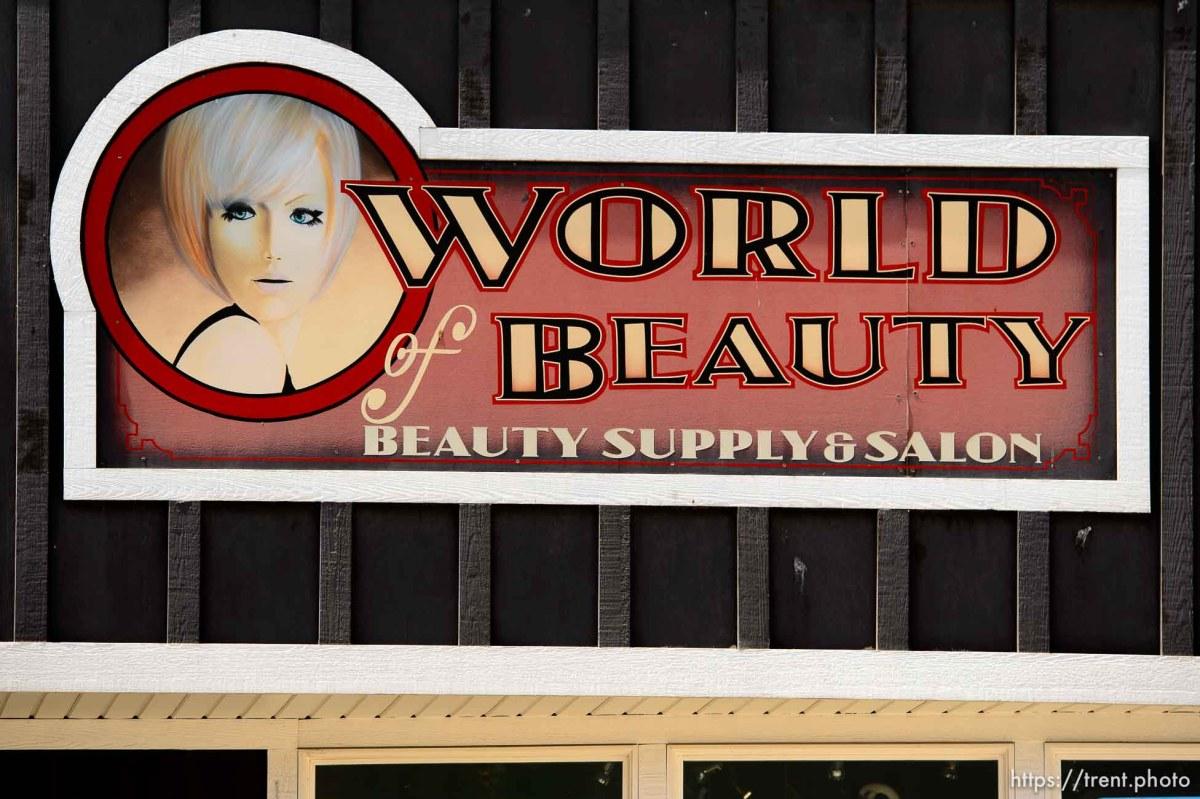 World of Beauty in Roosevelt