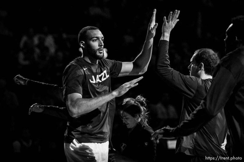 (Trent Nelson | The Salt Lake Tribune) Utah Jazz center Rudy Gobert (27) as the Utah Jazz hosts the Sacramento Kings, NBA basketball in Salt Lake City on Monday Oct. 14, 2019.