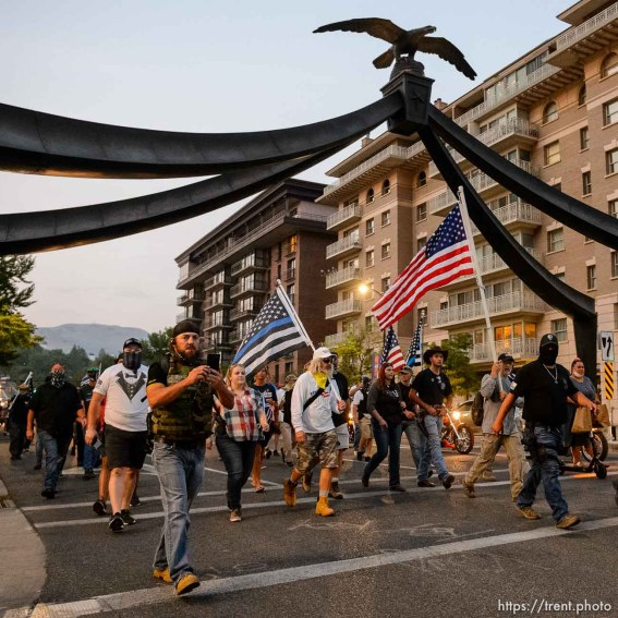 (Trent Nelson | The Salt Lake Tribune) A rally in support of police, marching on State Street in Salt Lake City on Saturday, Aug. 22, 2020.