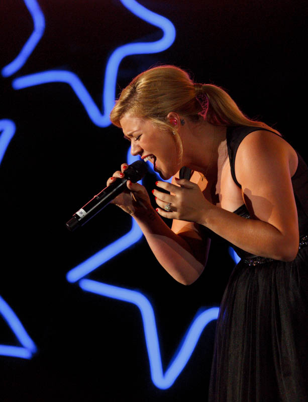 Kelly Clarkson performs at the Stadium of Fire, 2013