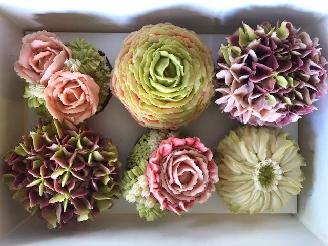 Floral Cupcakes in Old City