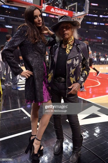 Basketball: NBA superfan James Goldstein posing with woman on court before Los Angeles Clippers vs Chicago Bulls game at Staples Center. Los Angeles, CA 11/19/2016 CREDIT: John W. McDonough (Photo by John W. McDonough /Sports Illustrated via Getty Images) (Set Number: SI622 TK1 )