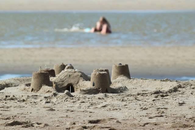 organizzare la giornata in spiaggia con i bambini, trevaligie