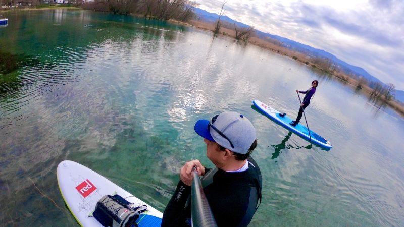 Sul Lago di Posta Fibreno in paddleboard. La riserva naturale regionale del Lazio.