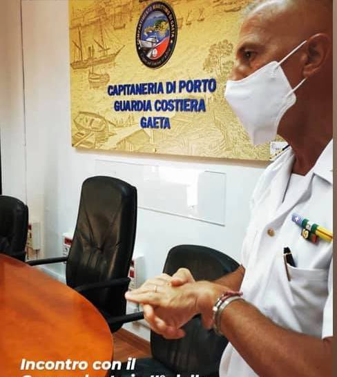 Un interessante chiacchierata sulla sicurezza in mare con il comandante in seconda Massimo Lombardi, presso la Capitaneria di Porto di Gaeta.