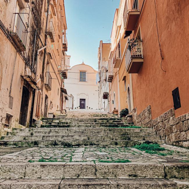 La Salita degli Scalzi a Gaeta. Uno dei luoghi più caratteristici di Gaeta.
