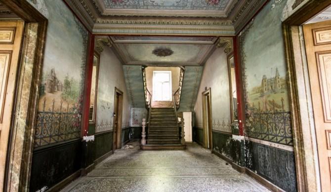 Chateau D'ah