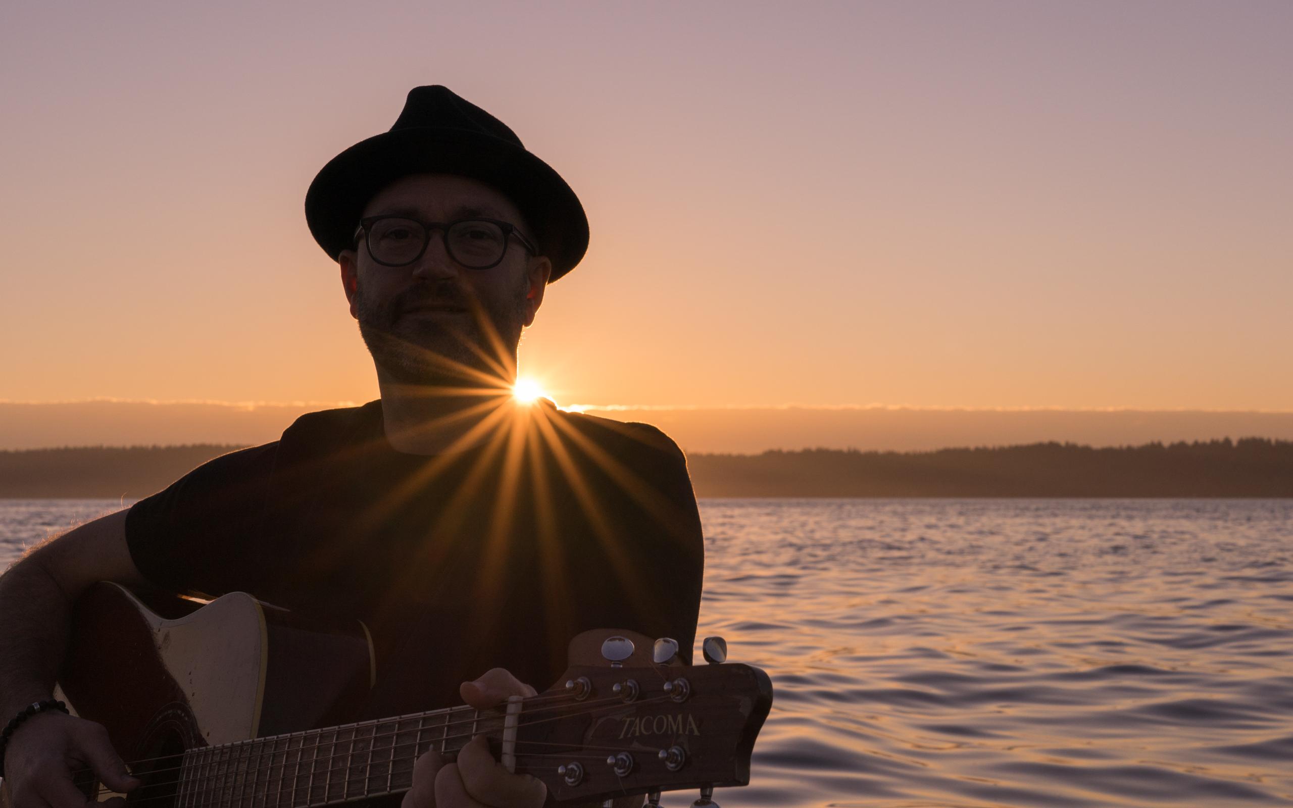 Trevor Ras, sunset
