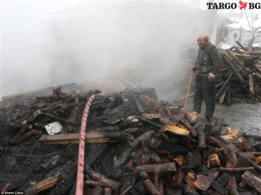 Изгоряла къща