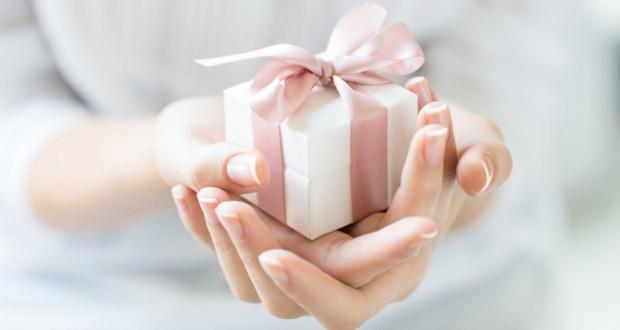 Какъв подарък да изберете според зодията