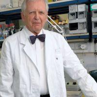 """Немски учен обяви: """"Ако искате ракът да е далеч от вас и вашите близки- не яжте тези две храни"""""""