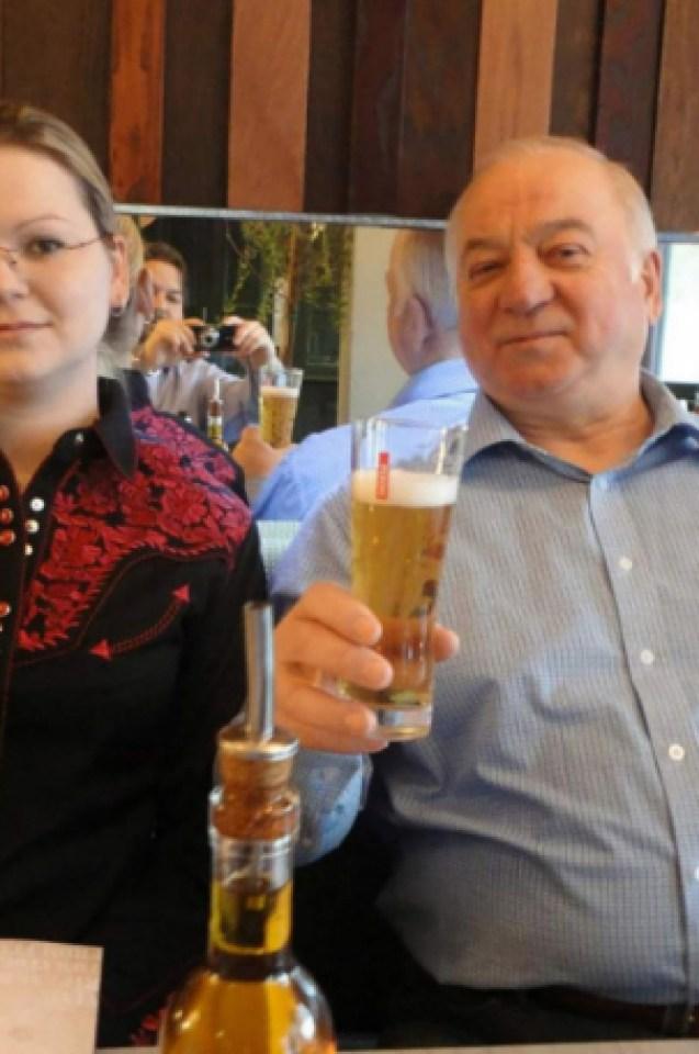 Британски медии с горещи разкрития за втория отровител на Скрипал (СНИМКИ)
