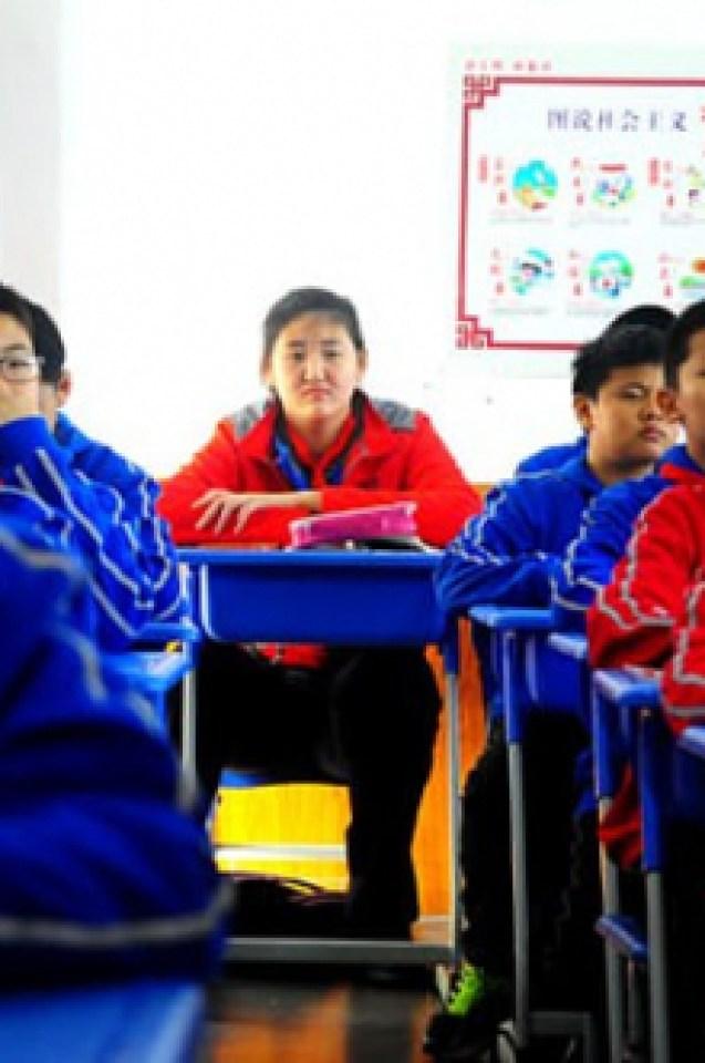 11-годишно китайче е най-високото момиче в света (СНИМКИ)