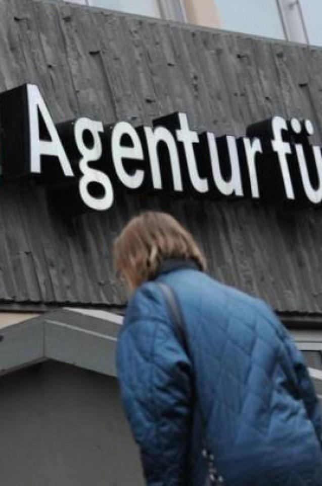 Немски медии гърмят: Български банди източили 50 млн. евро помощи от Германия
