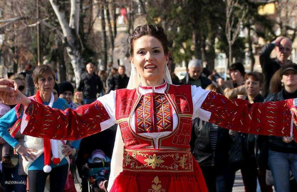 Цвета Кирилова към ромка: Ти в коя държава живееш, бе моме, нали ядеш от моите данъци?