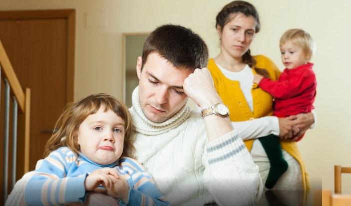Тъгата на младо българско семейство: принудени сме да плащаме кредита на роднините, докато ние самите гладуваме
