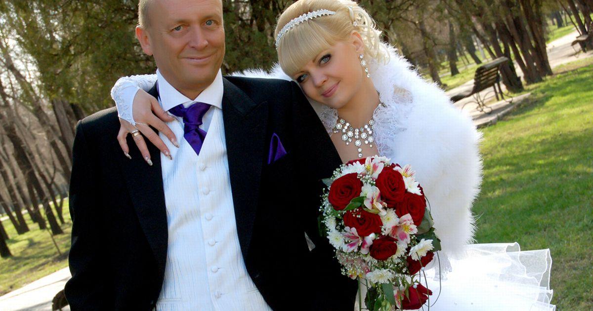 Разделих се със съпруга си, за да се омъжа за баща му – изповед на една съвременна жена!