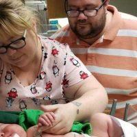 Помните ли бебето-гигант, което се роди почти 6 кг? Ето как изглежда днес рекордьорът (Снимки)