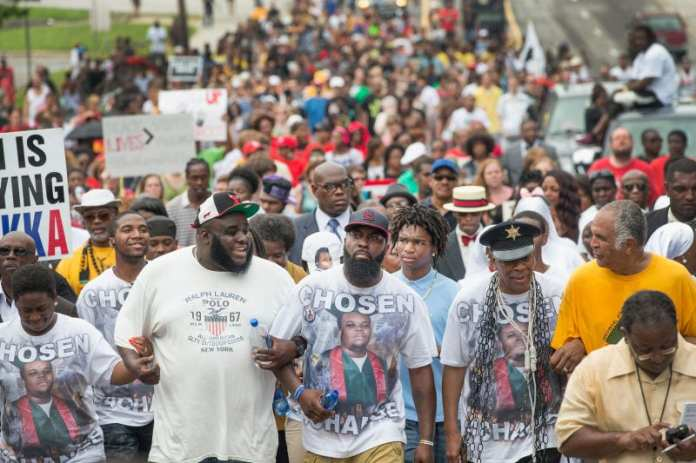 Illustration for article titled Mike Brown's Death Changed the World, but Local Activists Say It Hasn't Changed Ferguson