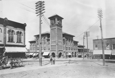 Winston-Salem's Town Hall was the site of the last recorded lynch mob in Forsyth County, in 1918.