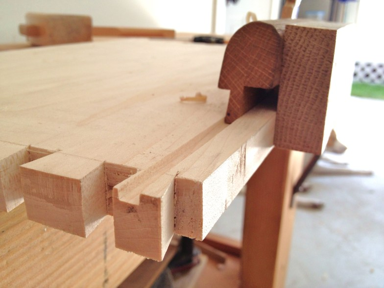 groove plane dovetails