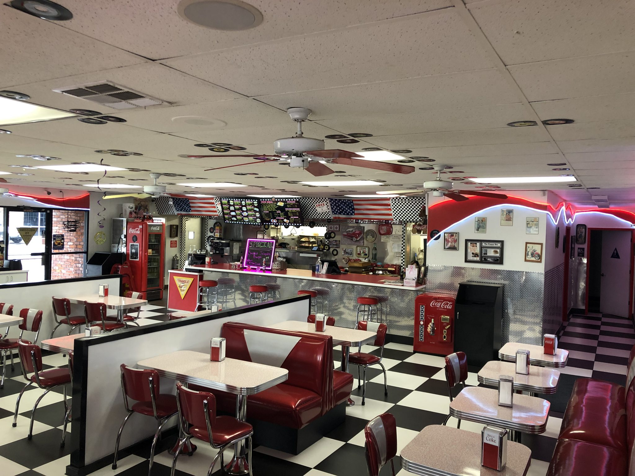 Triangle Drive In - Barstow Location - Interior