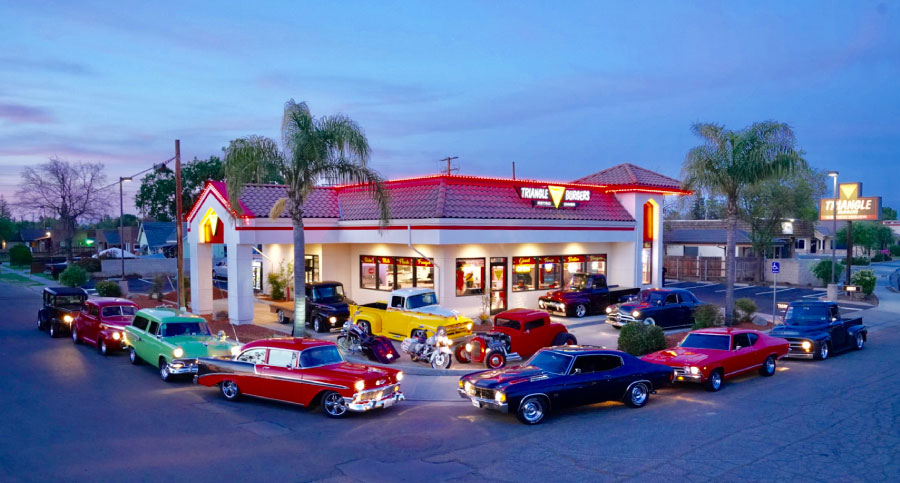 Triangle Drive In in Tulare has classic car show