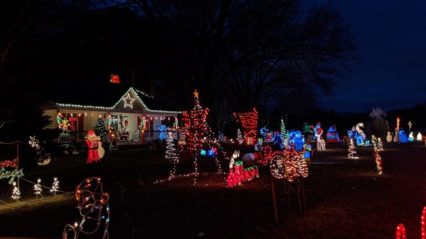 Community Builders Christmas Town 2021 Craft Fair Garner Best Christmas Light Displays In The Triangle For 2020 Some Are Still Going Triangle On The Cheap