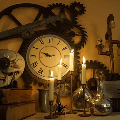 Clocks & Lighting