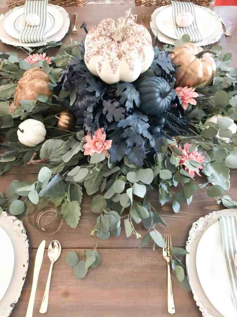 Navy and Pink Tablescape