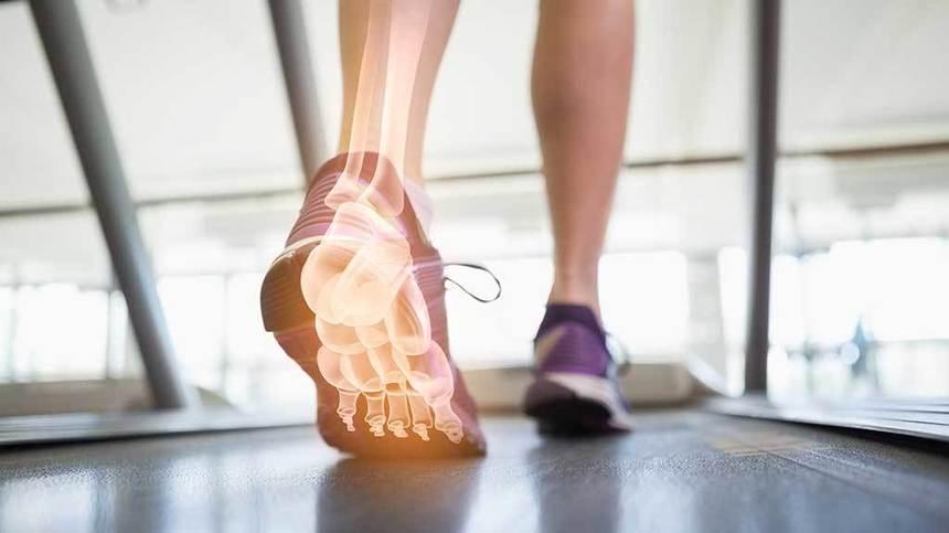 Pantofii ne sugrumă picioarele, este de părere un expert