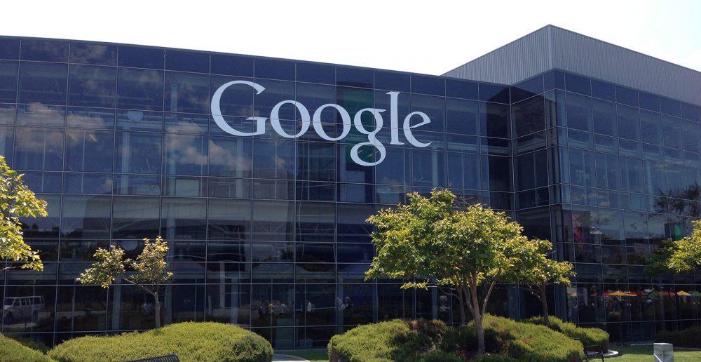 Angajații Google au vrut să anihileze ordinul anti-imigrație al lui Trump prin modificarea rezultatelor căutărilor