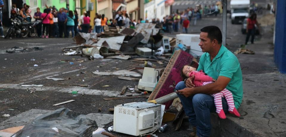 Tragicul exod în masă al Venezuelei are o singură cauză: Socialismul