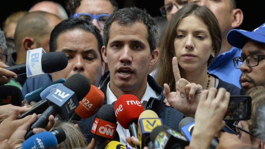 Preşedintele autoproclamat al Venezuelei, Juan Guaido, anunţă că a avut o convorbire telefonică cu Donald Trump