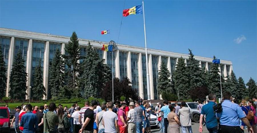 """Daniel Uncu: MOLDOVA – combinații """"contra naturii"""". Moscova face jocurile, din nou!"""