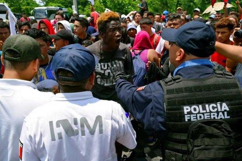 Mii de soldaţi mexicani, trimişi la graniţa cu Guatemala pentru a opri migranţii să intre în SUA