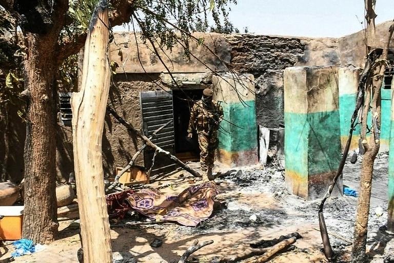 Sat creștin din Mali masacrat de jihadiști: 100 de bărbați, femei și copii