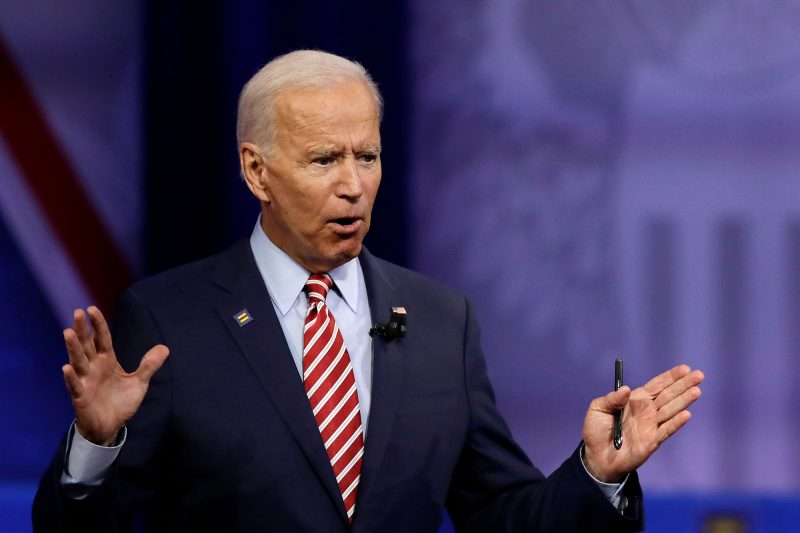 BREAKING: Denunțătorul CIA a lucrat cu Democratul Joe Biden