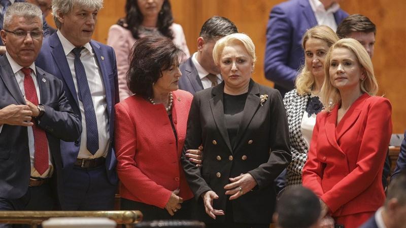 Moțiunea de cenzură a fot votată: Viorica Dăncilă și PSD pierd guvernarea României