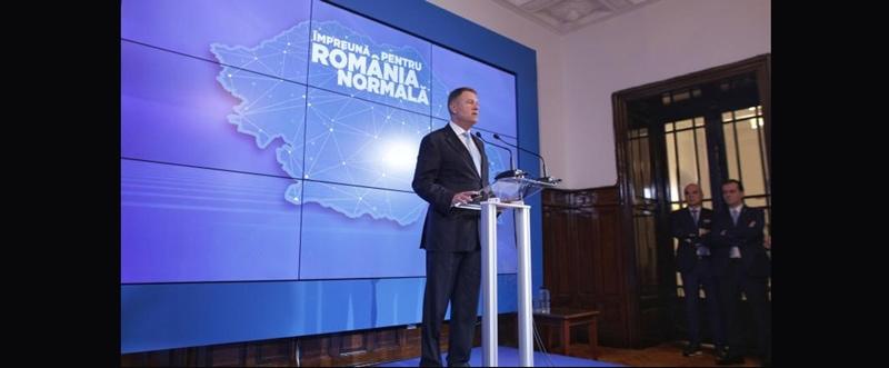"""PAPAHAGI: """"Îl voi vota fără plăcere, cu inima mult mai strânsă decât acum cinci ani, pe Klaus Iohannis."""""""