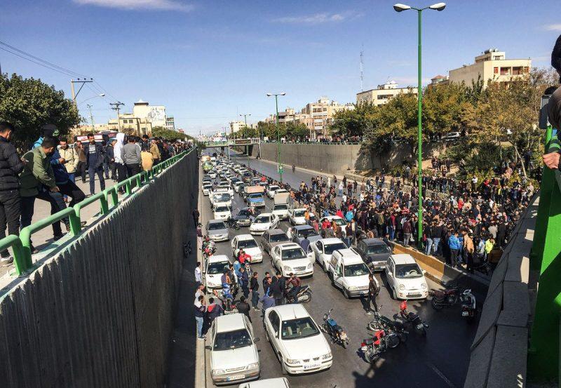 Violenţe în Iran: Teheranul acuză Washingtonul de ingerinţă