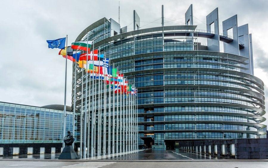 European Parliament adopts resolution on commemoration of 1989 Romanian Revolution