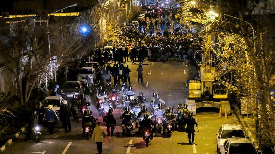 Democrații blochează o Rezoluție care condamnă Iranul pentru uciderea protestatarilor iranieni