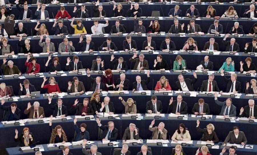 O nouă rezoluție anti-valori a Parlamentului European. Cum au votat europarlamentarii români?