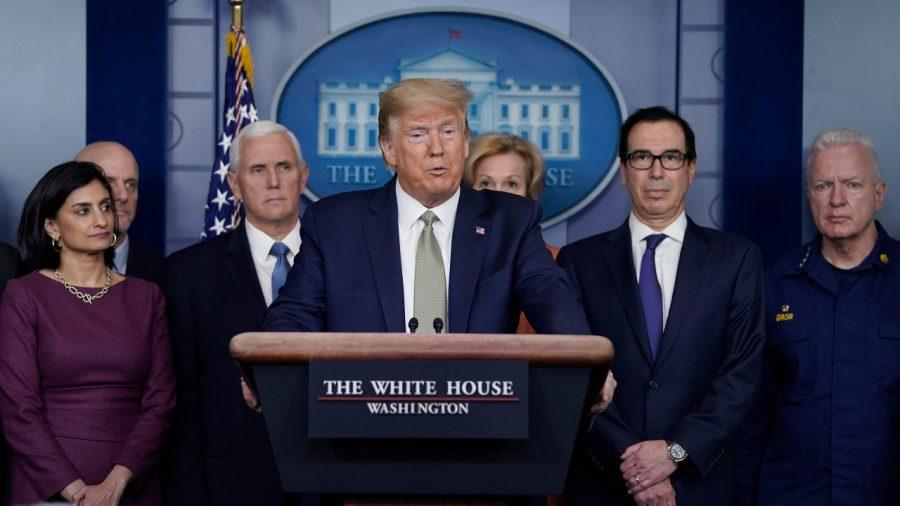 BREAKING: Trump susține un nou tratament împotriva COVID-19 folosind medicamentul contra malariei
