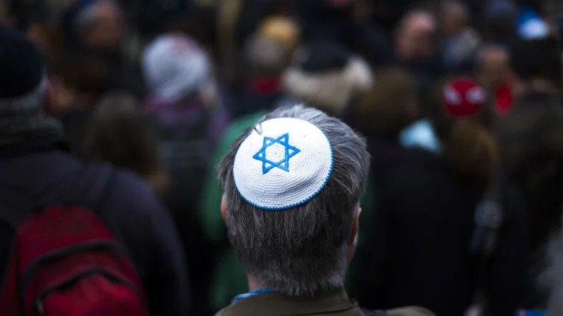 Antisemitismul Occidental: Noul rasism față de care suntem nepăsători