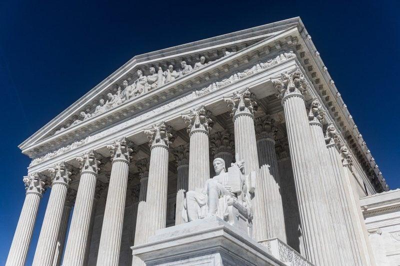 Demontarea a 4 argumente prin care Stânga radicală își justifică asaltul asupra Curții Supreme SUA